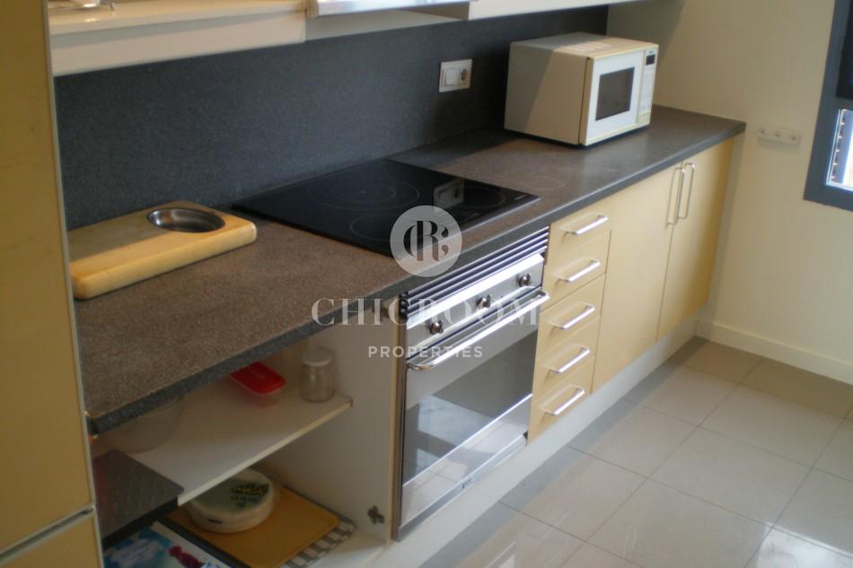 Unfurnished 4 bedroom apartment for rent in vila olimpica