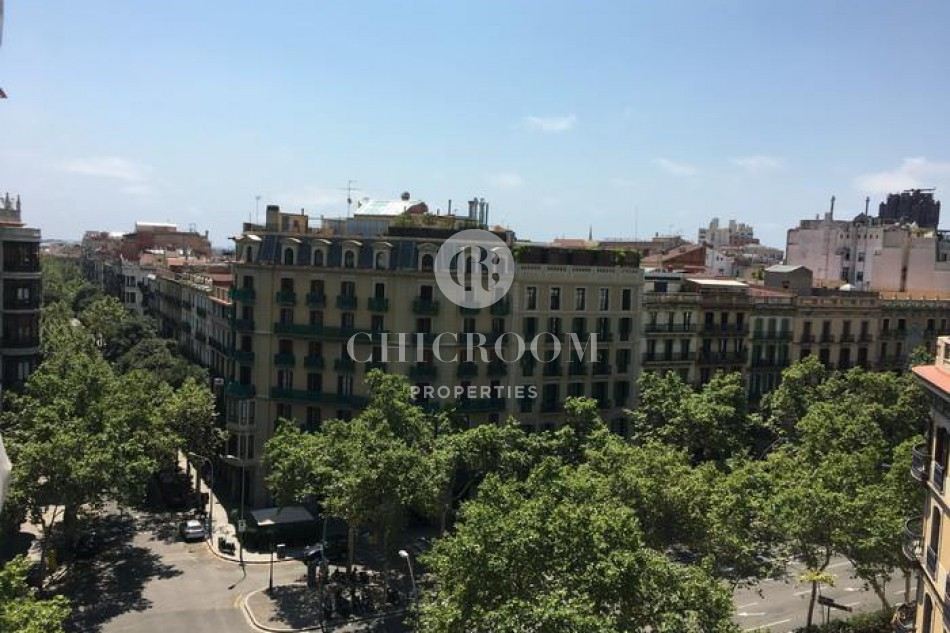 Furnished 2 bedroom apartment for rent in Eixample with wifi