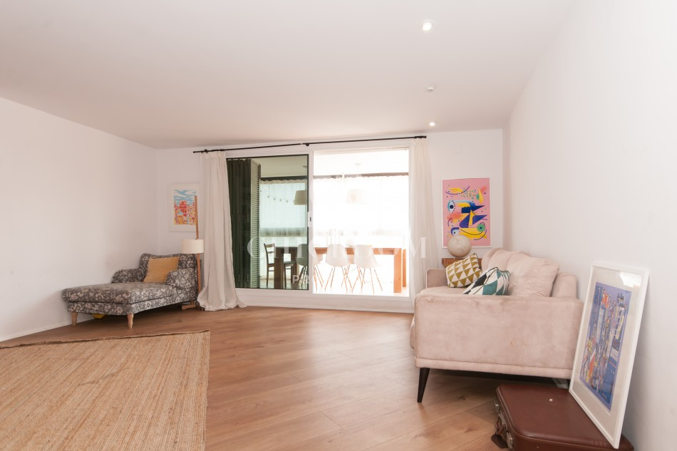 Furnished 5 Bedroom Apartment With Terrace For Rent Eixample