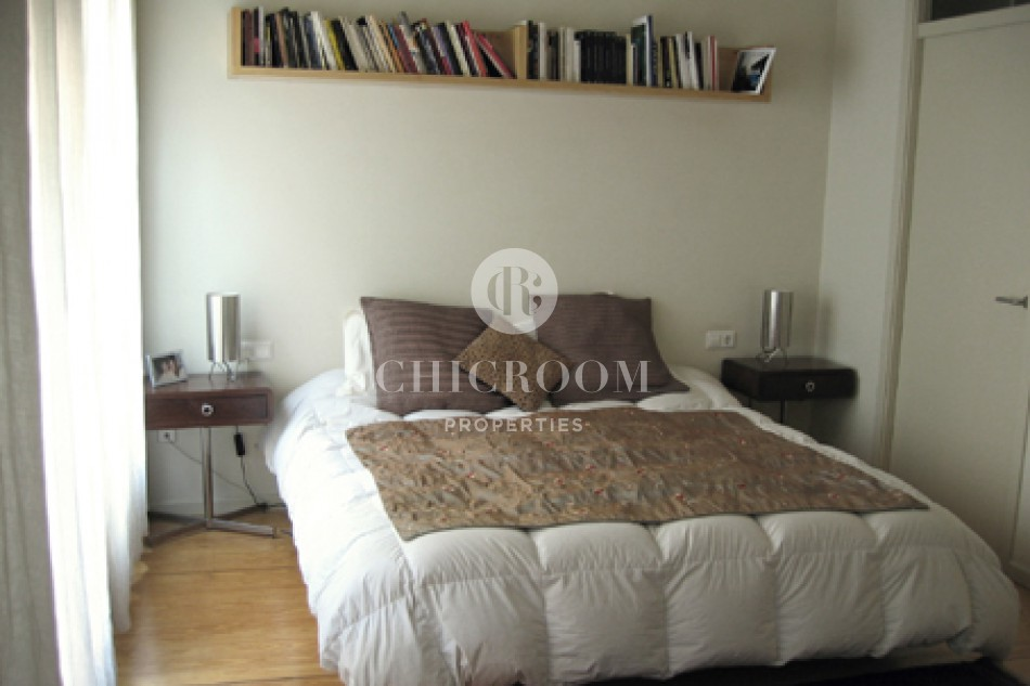 Unfurnished 5 bedroom house for rent terrace in Gracia