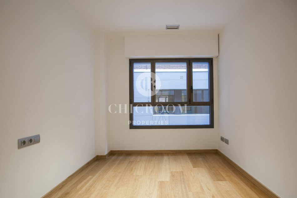 Unfurnished 2 bedroom apartment for rent Sant Gervasi