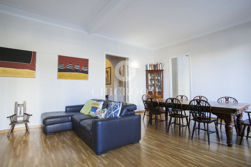 Furnished 3-bedroom flat for rent Eixample Dreta Barcelona