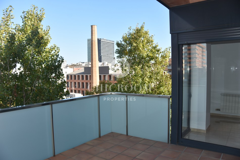 2-bedroom penthouse apartment for rent in Sant Marti, Barcelona