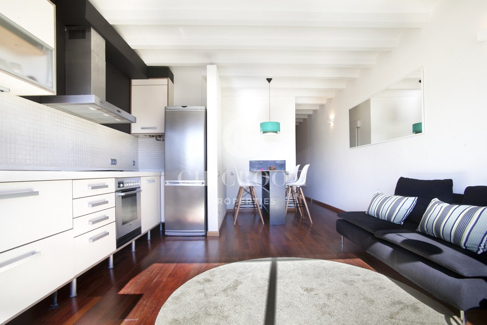 Renovated 2-bedroom apartment for rent in Gracia
