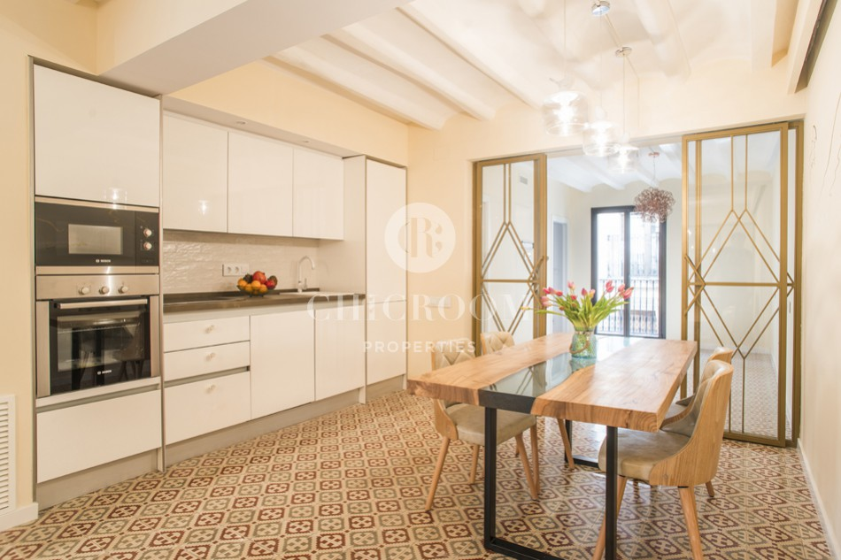 Splendid 2-bedroom flat for sale in Gothic Quarter in BarcelonaSplendid 2-bedroom flat for sale in Gothic Quarter in Barcelona