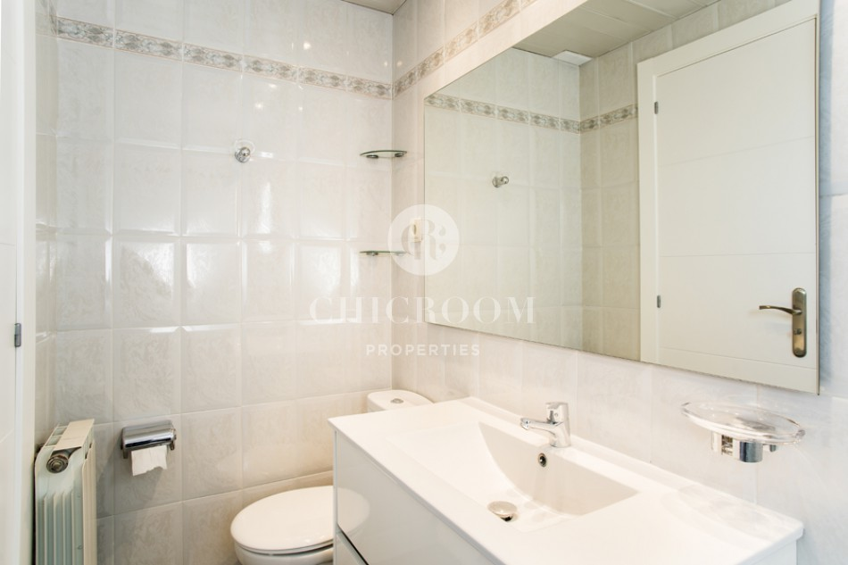 2-bedroom flat for rent with terrace in Eixample Esquerra, Barcelona
