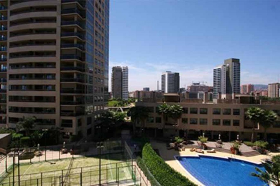 2 Bedroom apartment for sale in Diagonal Mar with pool