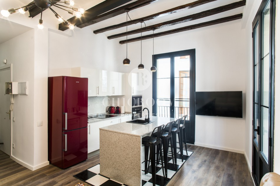 3-bedroom apartment for rent in Raval in Barcelona