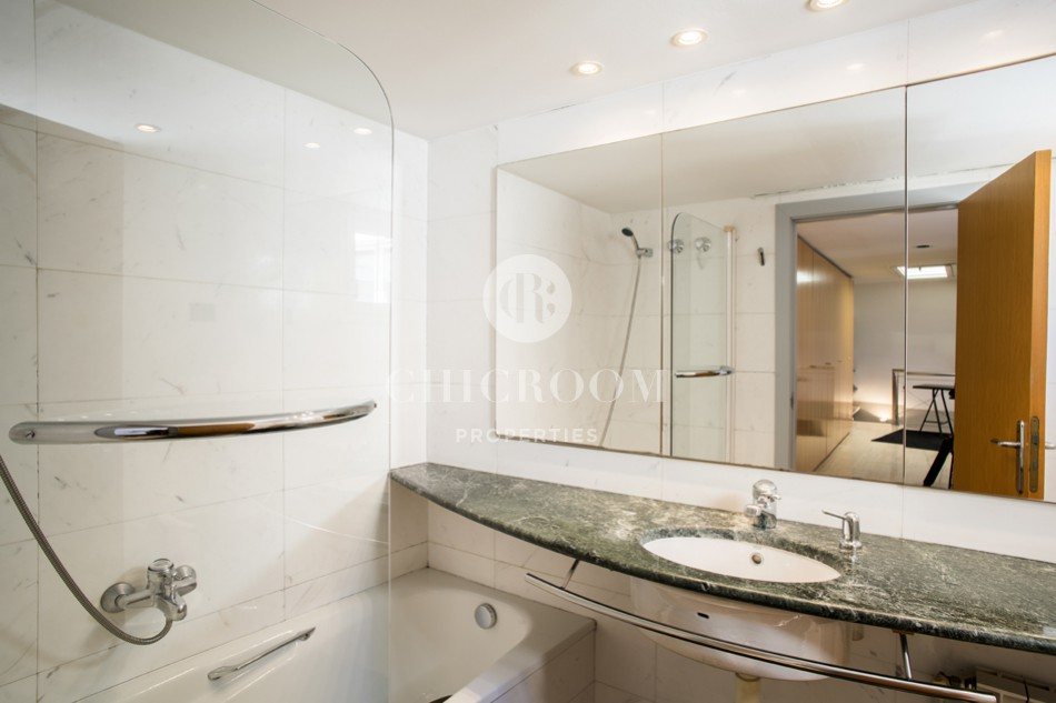 2-bedroom penthouse for rent in Sant Gervasi in Barcelona