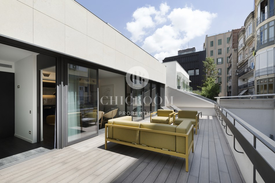 2-bedroom apartment with terrace for rent Eixample Barcelona