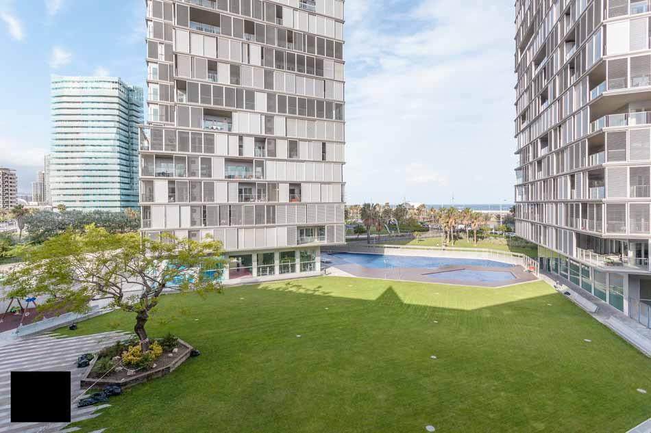 3 bedroom apartment for sale in illa de la llum for Busco piso alquiler barcelona
