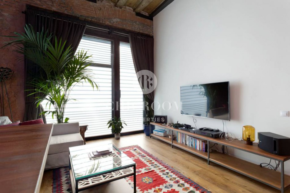 Duplex apartment for rent and for sale El Raval Barcelona