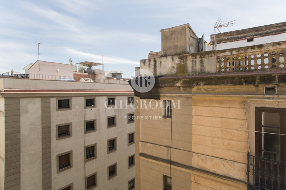 1-bedroom penthouse for rent in Gothic Quarter Barcelona