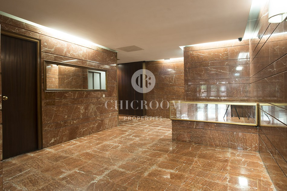 Unfurnished 4-bedroom apartment for rent in Les Corts Barcelona