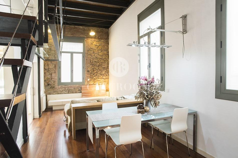 Duplex 2-bedroom apartment for sale in Gracia Barcelona