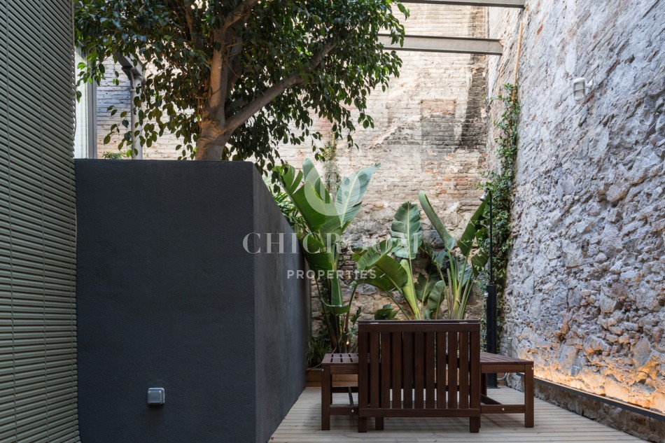 2-bedroom loft apartment for rent in El Raval Barcelona