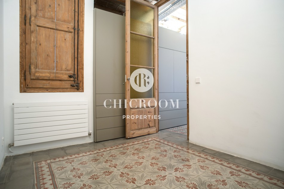 2-bedroom apartment with terrace in Sant Antoni Barcelona