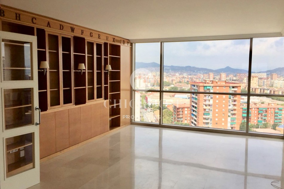 Unfurnished 2-bedroom apartment for rent in Diagonal Mar Barcelona