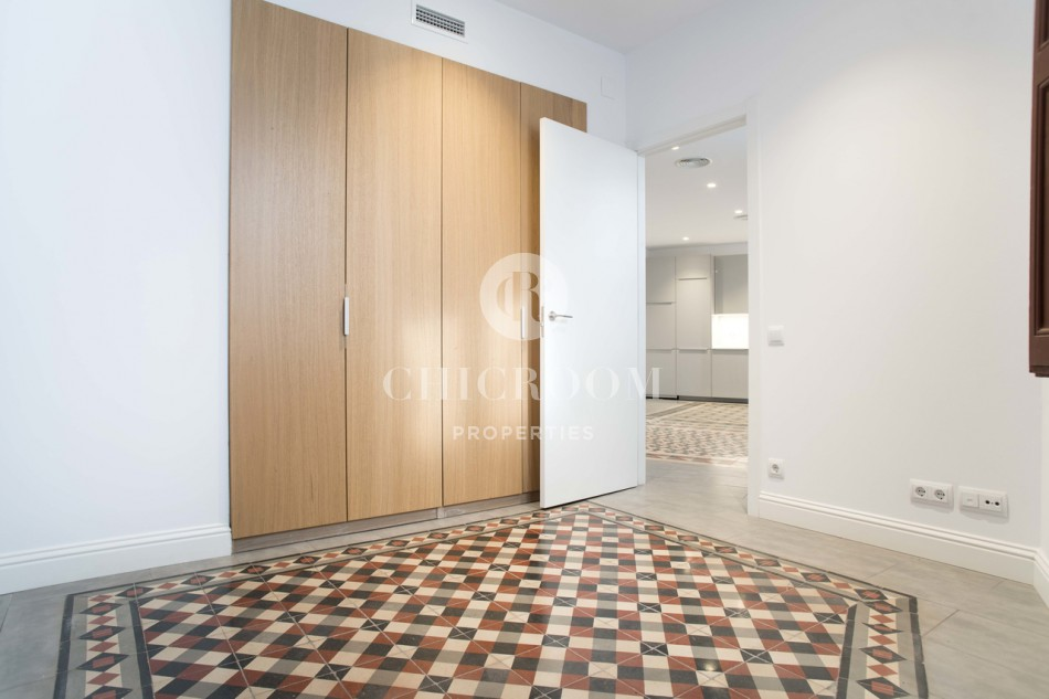 Recently renovated 2-bedroom apartment for rent in the Gothic Quarter of Barcelona