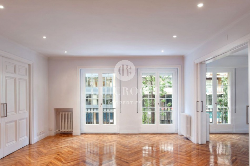 Beautiful 2-bedroom apartment to rent with wifi in the centre of Barcelona