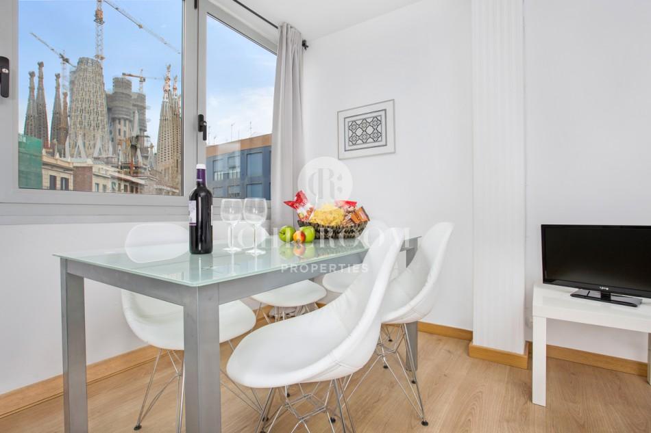 Amazing 2 bedroom apartment for rent with views of Sagrada Familia