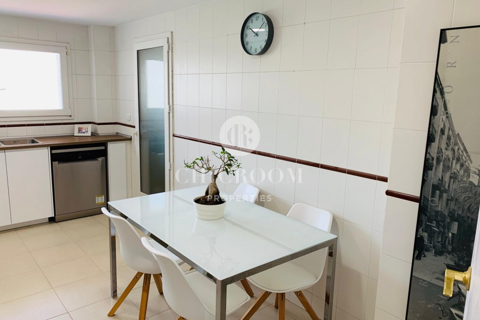 Charming three-bedroom apartment in Montgat, Maresme