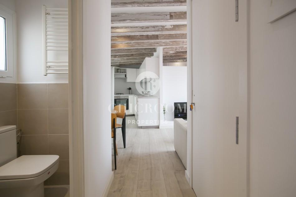 2-Bedroom Penthouse Apartment with Terrace on La Rambla