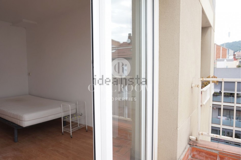 4-Bedroom penthouse apartment with large terrace in Sant Gervasi