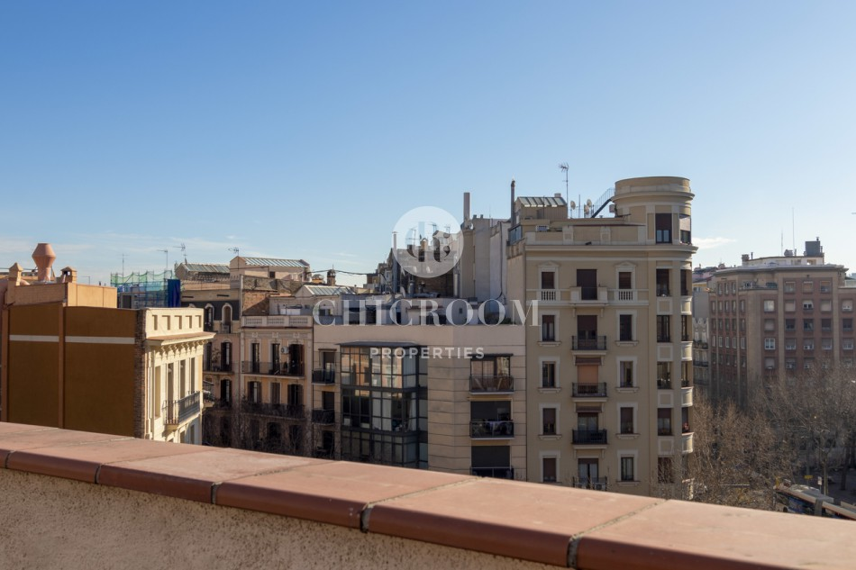 1-bedroom penthouse apartment in Sant Antoni for rent with a terrace