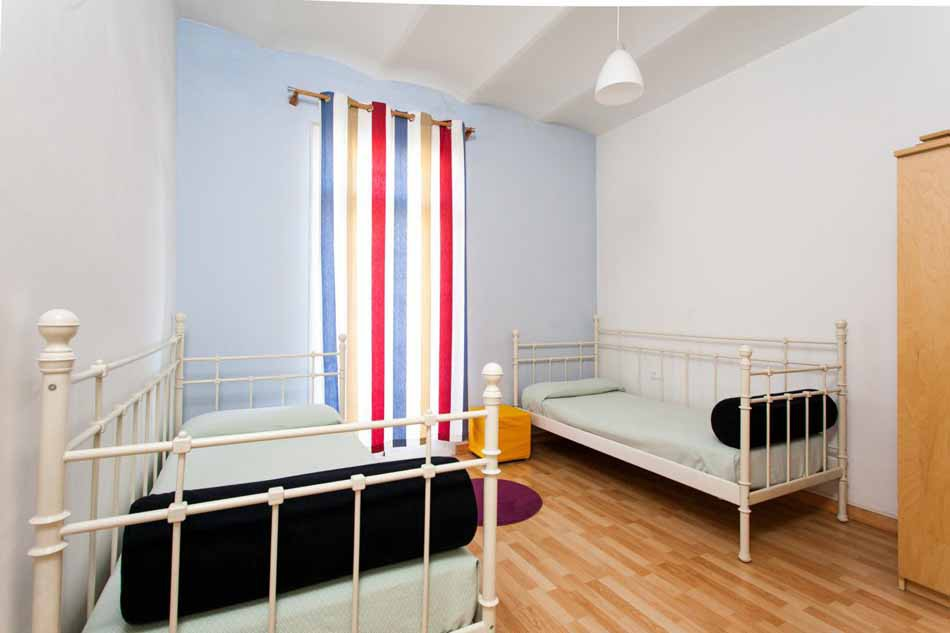 Flat for sale in Barcelona Marina with tourist licence