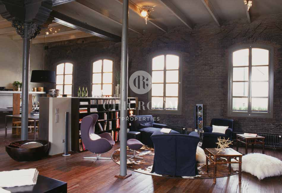 2 Bedroom Furnished Loft For Rent In Eixample Barcelona
