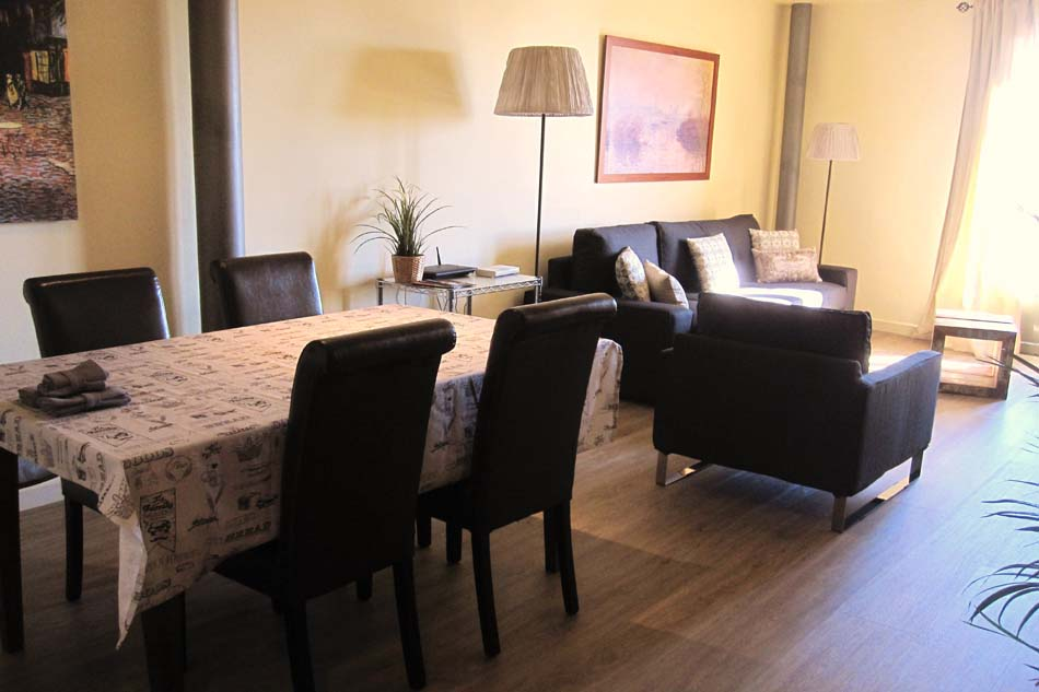 Furnished 2 bedroom apartment for rent with sea views barcelona for Apartments for rent two bedroom