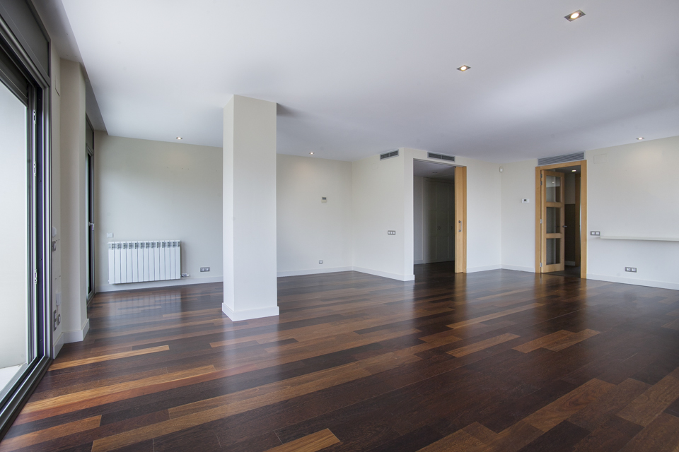 4 Bedroom apartment for rent in St Gervasi