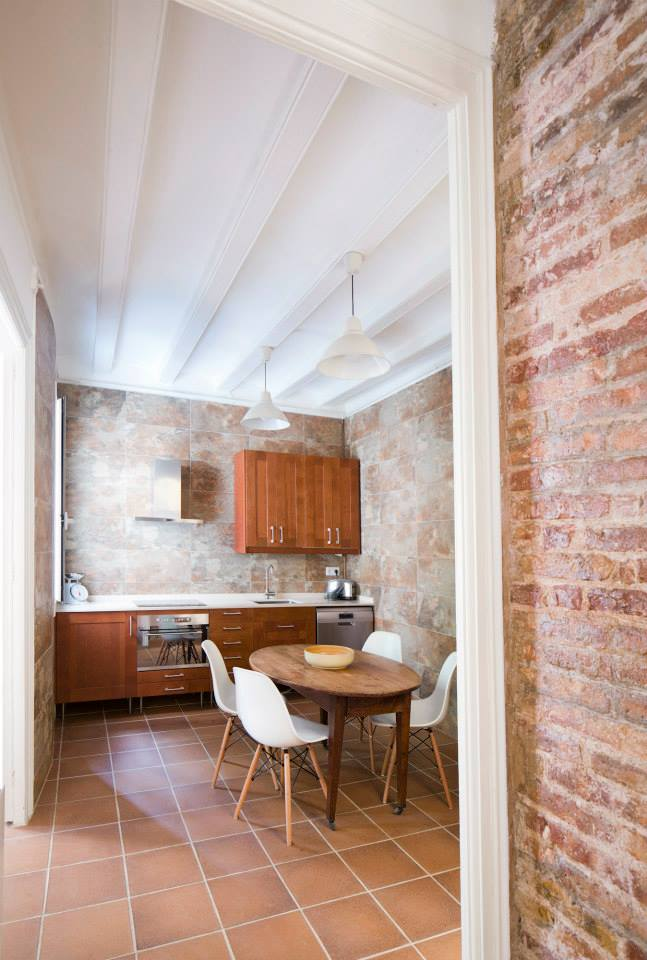 2 bedroom apartment for rent raval for Apartments for rent two bedroom