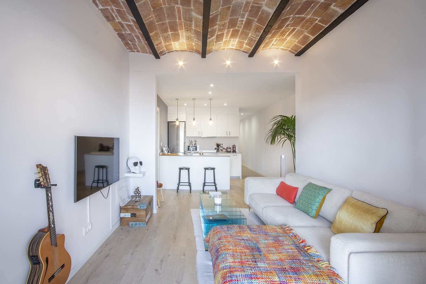 3- bedroom apartment for rent mid-term in Sant Antoni ...